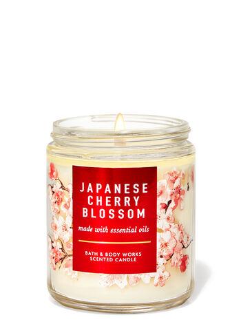 شمعة باث اند بودي بزهور الكرز